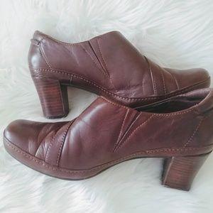 Clark's Artisan leather shoes 8 1/2 medium new wit